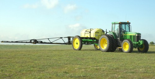 Field Pro IV Pull Type Sprayer